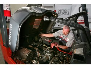 Forklift Inspections and Service Policy - Toyota Lift Equipment
