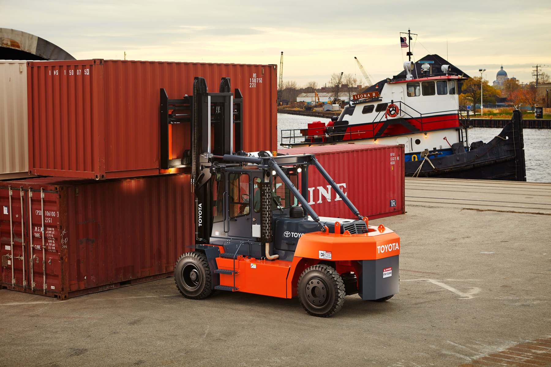 Toyota Forklift When High Capacity Is Needed The Thd Toyota Lift Equipment