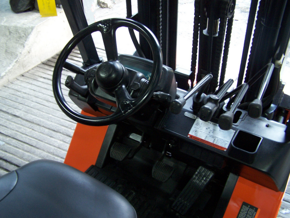 Forklift Truck Controls : What to consider determining whether you rent or buy a