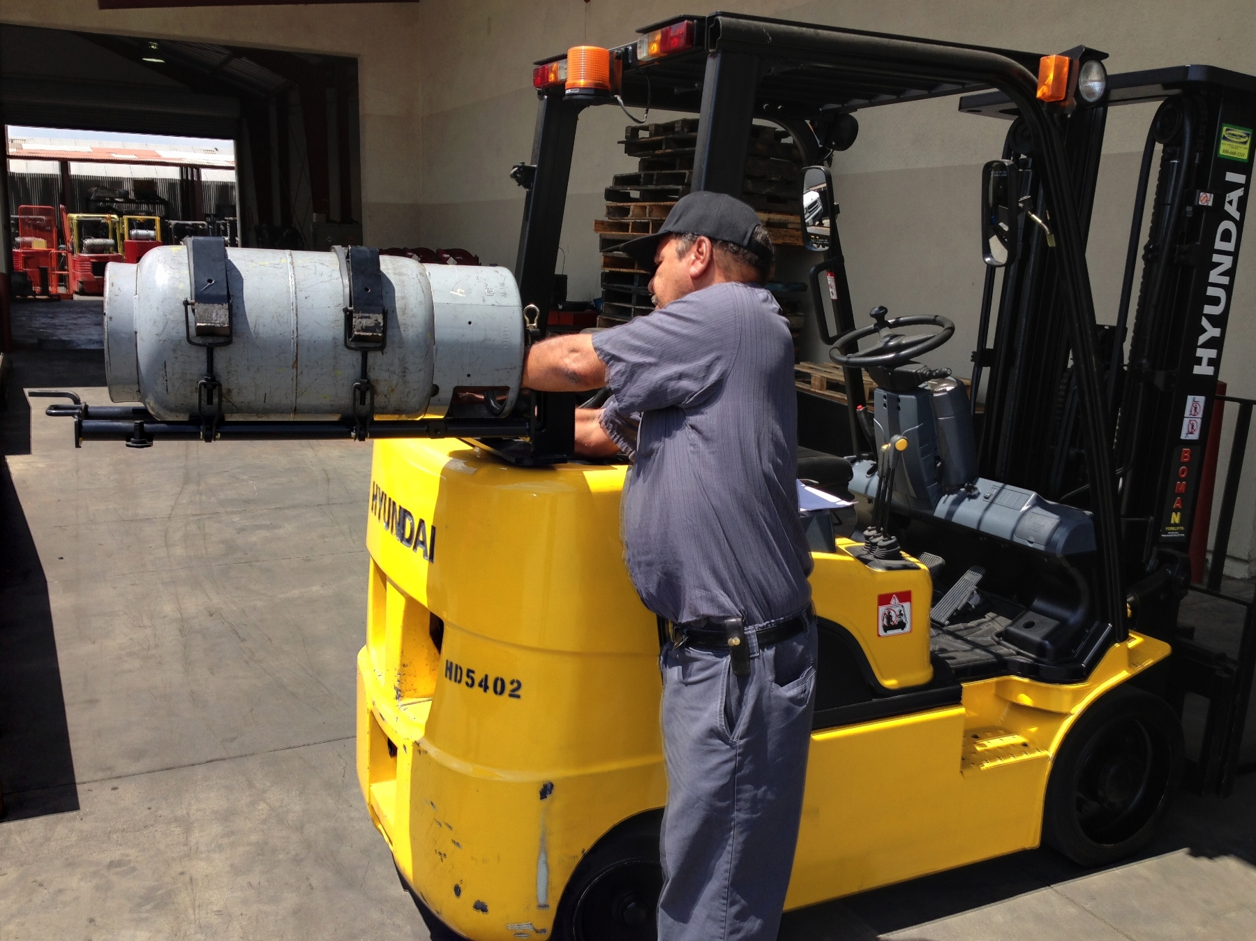 Propane Forklift Safety Training | Propane Tank Connectors